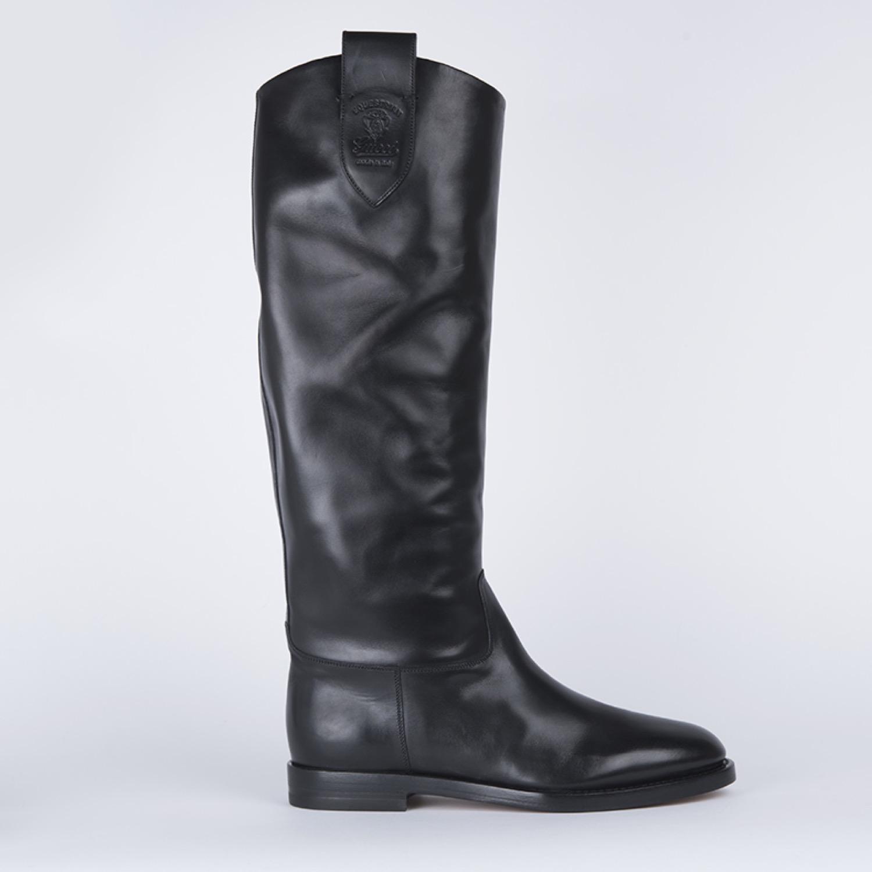 Gucci Crest Black Leather 40